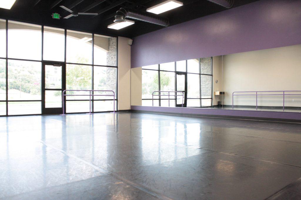 Studio 2-min